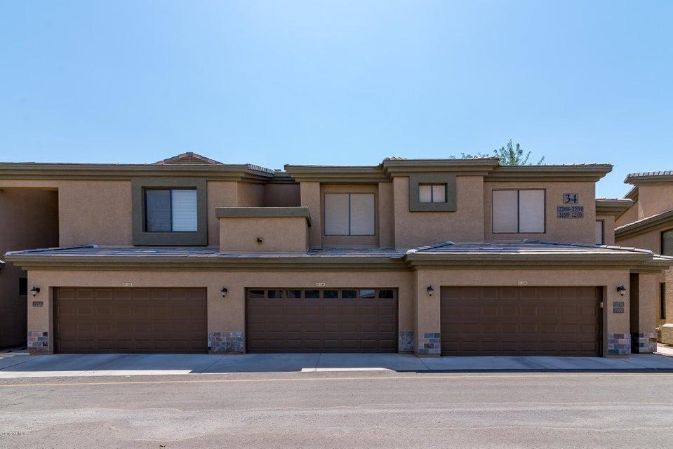 Photo of 705 W QUEEN CREEK Road #1199, Chandler, AZ 85248