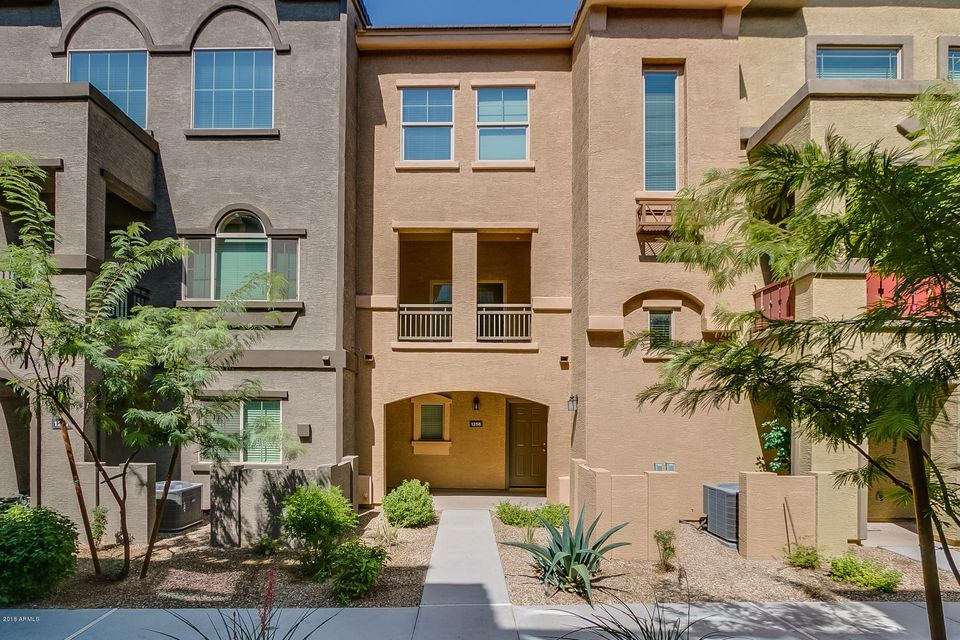 Photo of 2150 W ALAMEDA Road #1256, Phoenix, AZ 85085