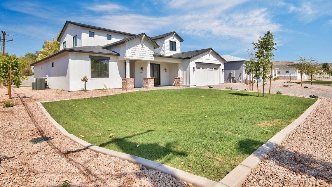 Photo of 2950 N 50TH Place, Phoenix, AZ 85018