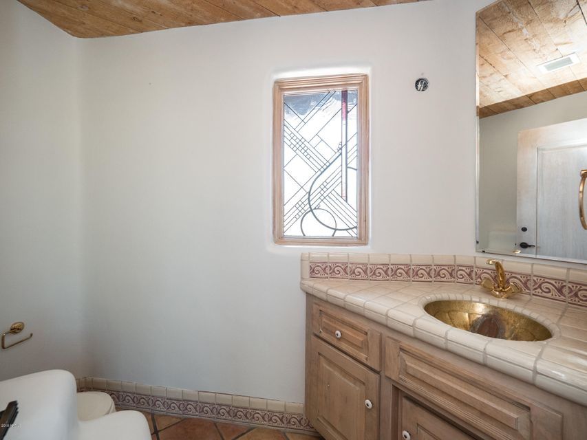 MLS 5802192 43438 N 68TH Street, Cave Creek, AZ Cave Creek Horse Property for Sale