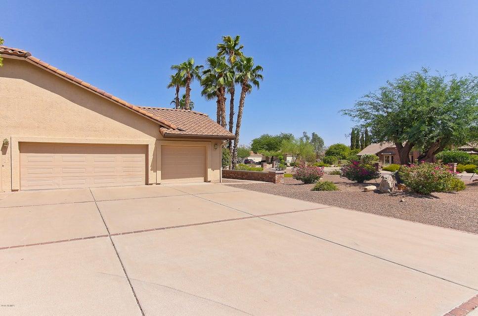 Photo of 5644 W SOFT WIND Drive, Glendale, AZ 85310