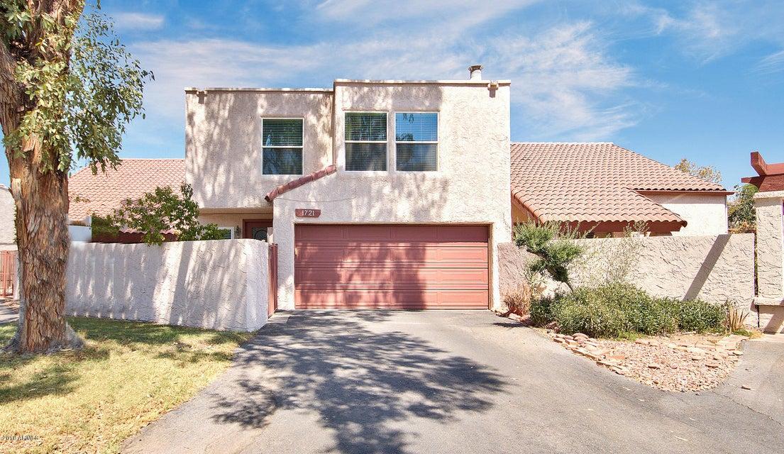 Photo of 1721 S TORRE MOLINOS Circle, Tempe, AZ 85281