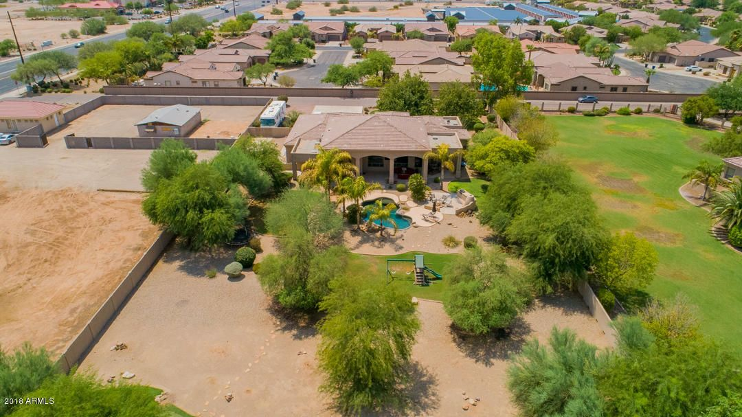MLS 5805008 25103 S 138TH Place, Chandler, AZ 85249 3 Bedrooms