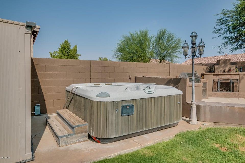 MLS 5805998 10806 W VIA DEL SOL --, Sun City, AZ Sun City AZ Private Pool