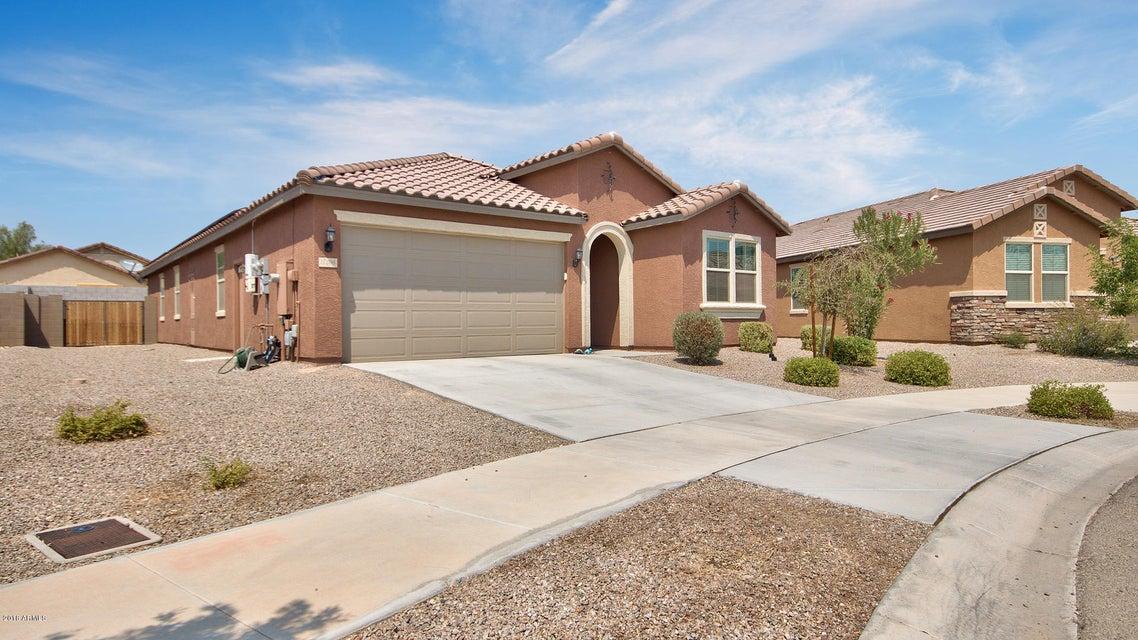 Photo of 17206 W GIBSON Lane, Goodyear, AZ 85338