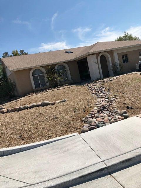 Photo of 16638 N LANDIS Lane, Glendale, AZ 85306