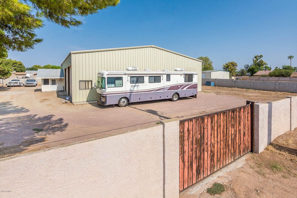 MLS 5806114 3639 W YORKSHIRE Drive, Glendale, AZ Glendale Horse Property for Sale