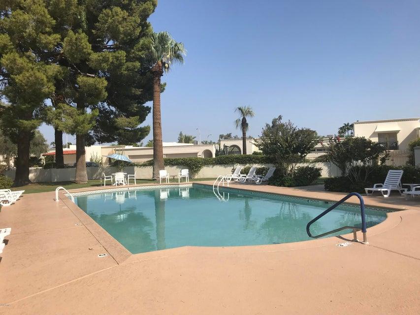 Photo of 6902 E EXETER Boulevard, Scottsdale, AZ 85251