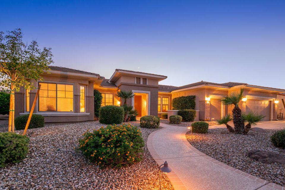 Photo of 19618 N CRESCENT RIDGE Drive, Surprise, AZ 85387