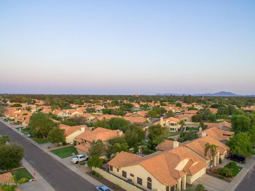 MLS 5801085 602 E Hearne Way, Gilbert, AZ 85234 Gilbert AZ Stonebridge Lakes