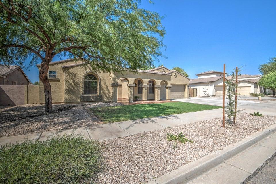 Photo of 21878 E VIA DE OLIVOS Drive, Queen Creek, AZ 85142