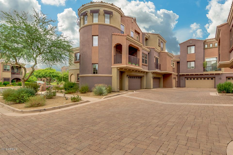 Photo of 3935 E ROUGH RIDER Road #1252, Phoenix, AZ 85050