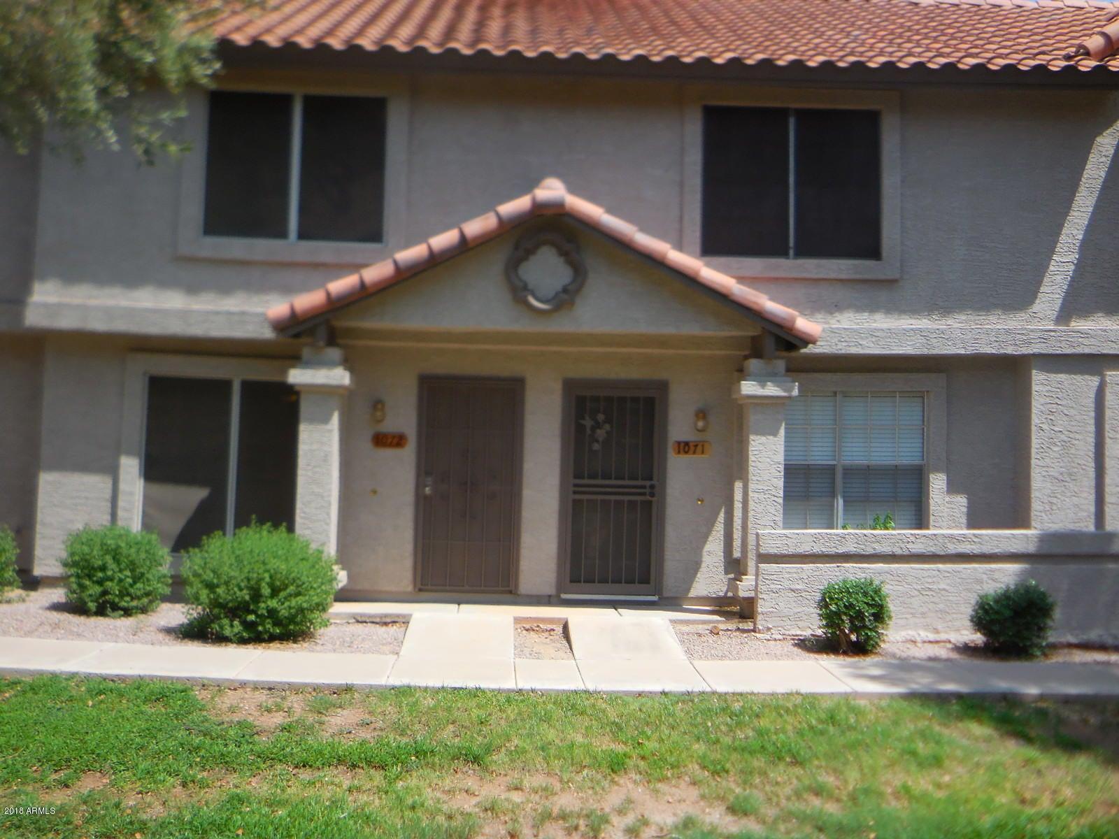 Photo of 1961 N HARTFORD Street #1072, Chandler, AZ 85225