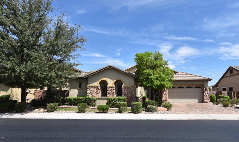 Photo of 1640 E YELLOWSTONE Place, Chandler, AZ 85249
