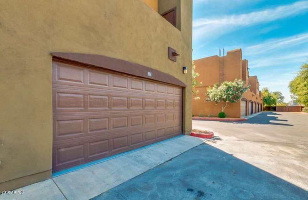 Photo of 1718 W COLTER Street #194, Phoenix, AZ 85015