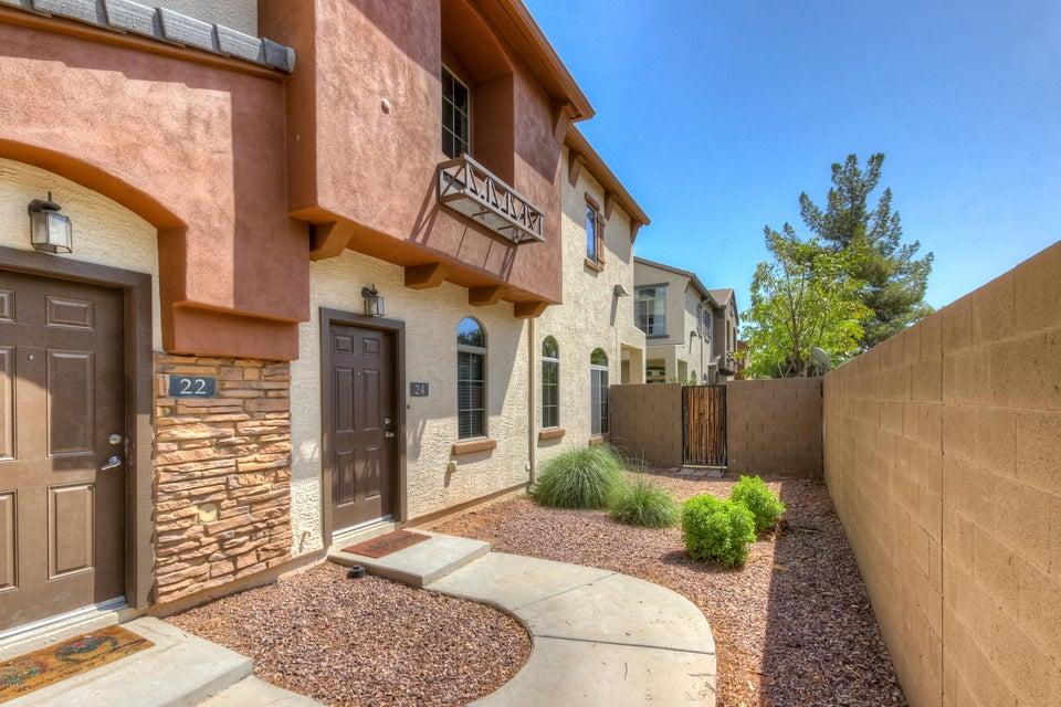 Photo of 2727 N PRICE Road #24, Chandler, AZ 85224