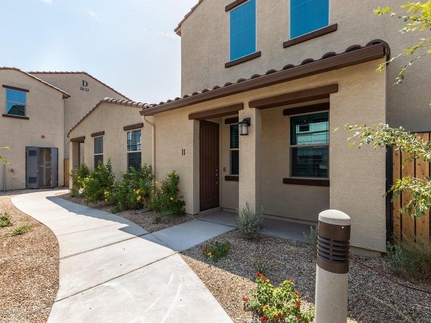 Photo of 3855 S McQueen Road #B11, Chandler, AZ 85286