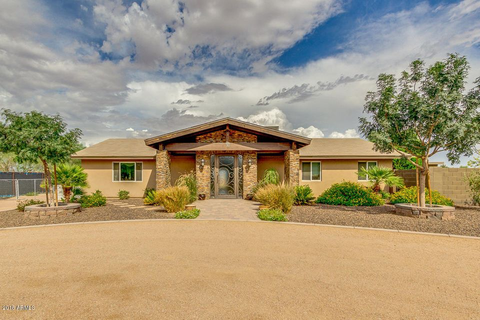 Photo of 40025 N KENNEDY Drive, San Tan Valley, AZ 85140