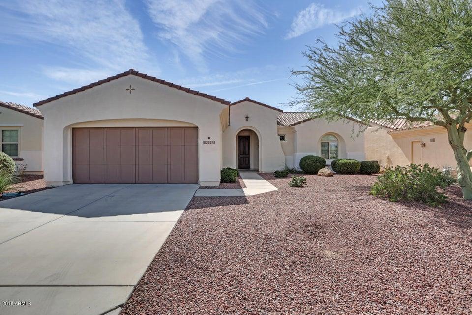 Photo of 23213 N HANK RAYMOND Drive, Sun City West, AZ 85375