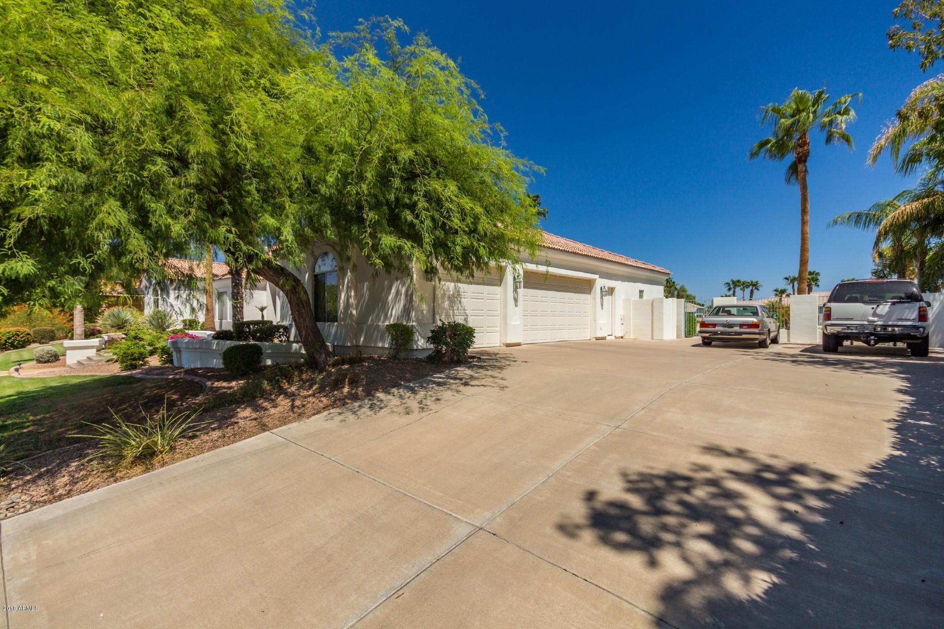 MLS 5813254 285 N Ski Court, Gilbert, AZ Gilbert AZ Waterfront