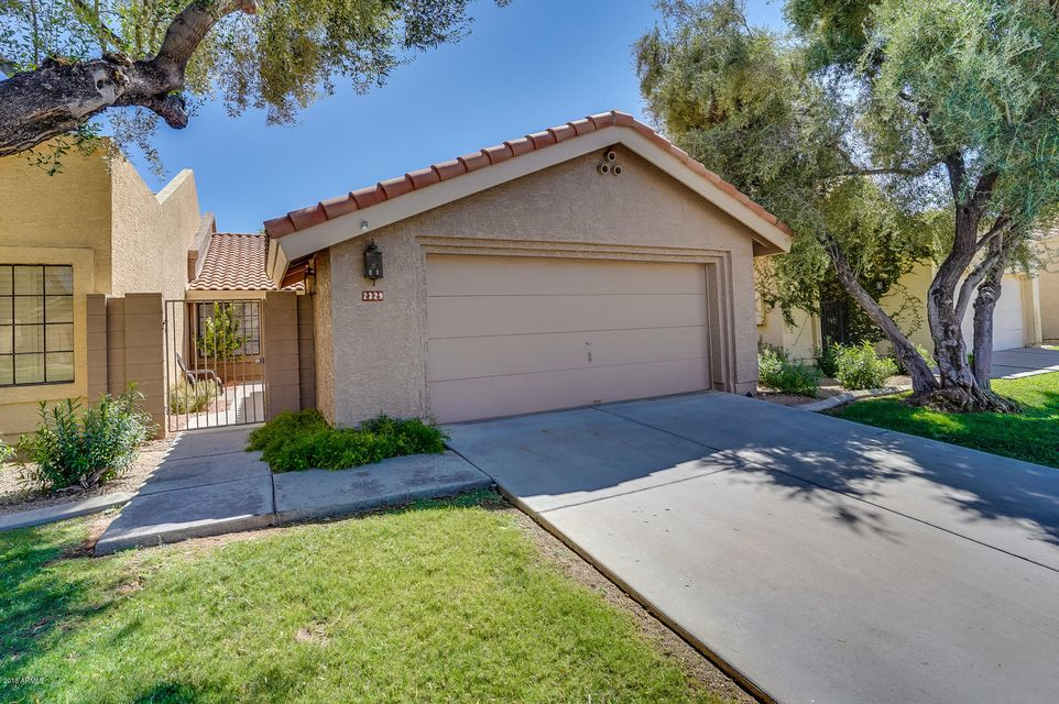 Photo of 2329 W SHAWNEE Drive, Chandler, AZ 85224