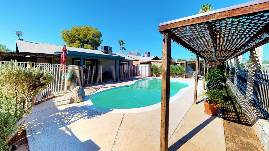 MLS 5813367 10432 W DEVONSHIRE Avenue, Phoenix, AZ 85037 Phoenix AZ Villa de Paz