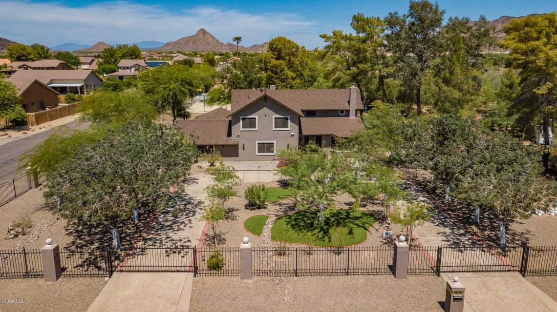 Photo of 5242 W WHISPERING WIND Drive, Glendale, AZ 85310