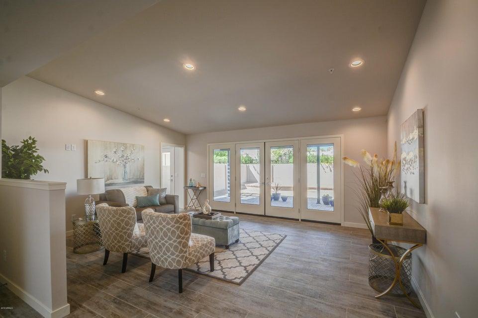 Photo of 7656 E MEADOWBROOK Avenue, Scottsdale, AZ 85251