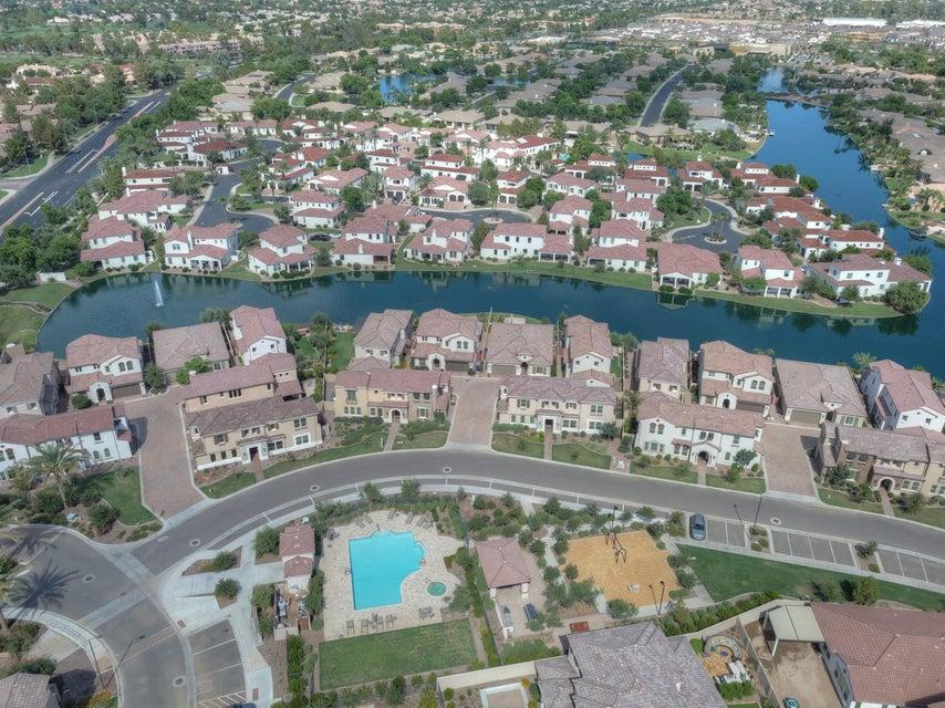MLS 5811263 4057 S PECAN Drive, Chandler, AZ Villa Del Lago