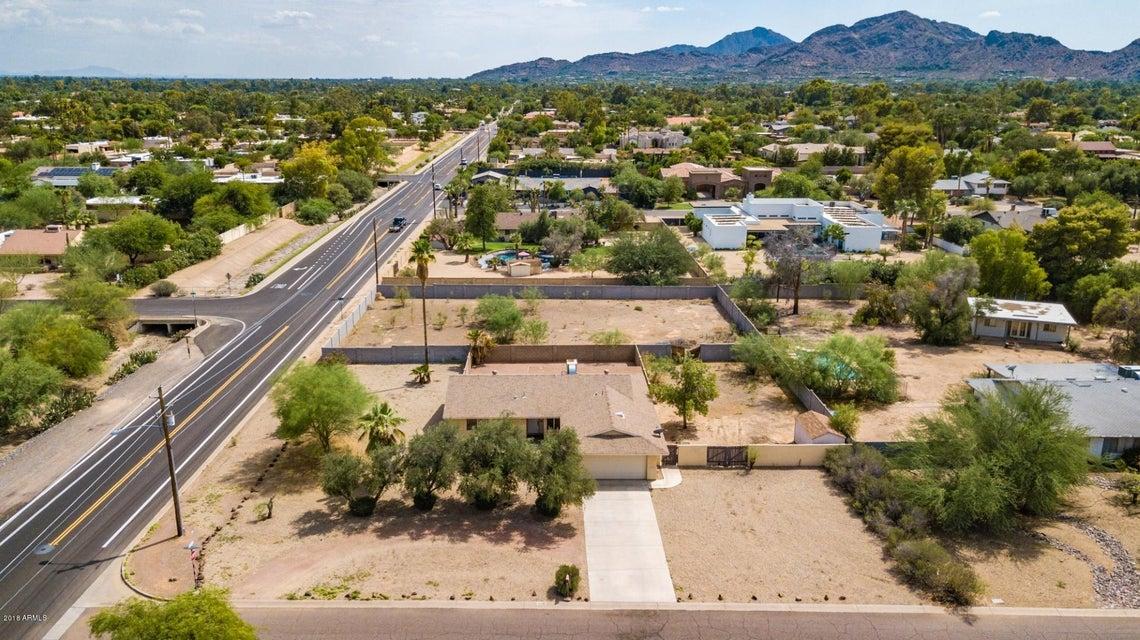 Photo of 6345 E GOLD DUST Avenue, Paradise Valley, AZ 85253