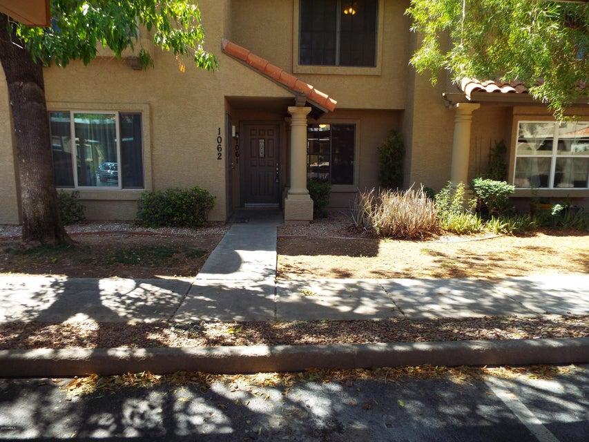Photo of 5704 E AIRE LIBRE Avenue #1061, Scottsdale, AZ 85254