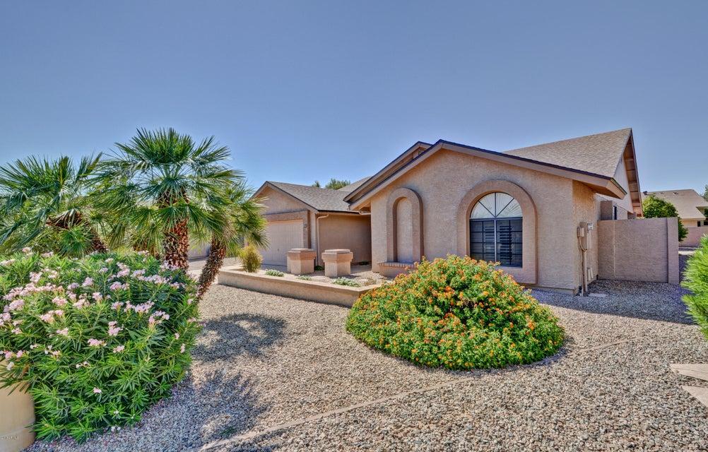 Photo of 9232 W TOPEKA Drive, Peoria, AZ 85382