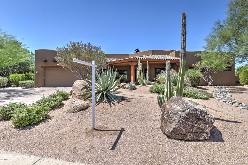 Photo of 27220 N QUINTANA Drive, Rio Verde, AZ 85263