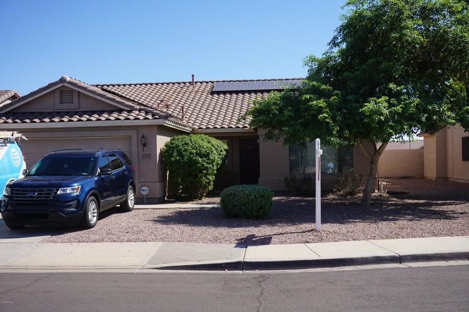 Photo of 13857 W COTTONWOOD Street, Surprise, AZ 85374