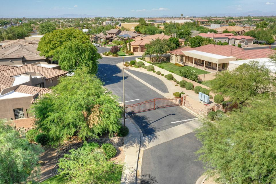 MLS 5815406 822 W ARMSTRONG Way, Chandler, AZ Corner Lot