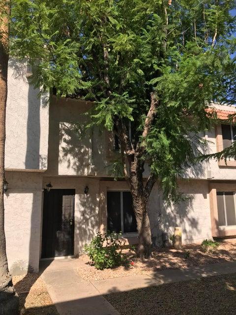 Photo of 6128 W TOWNLEY Avenue, Glendale, AZ 85302