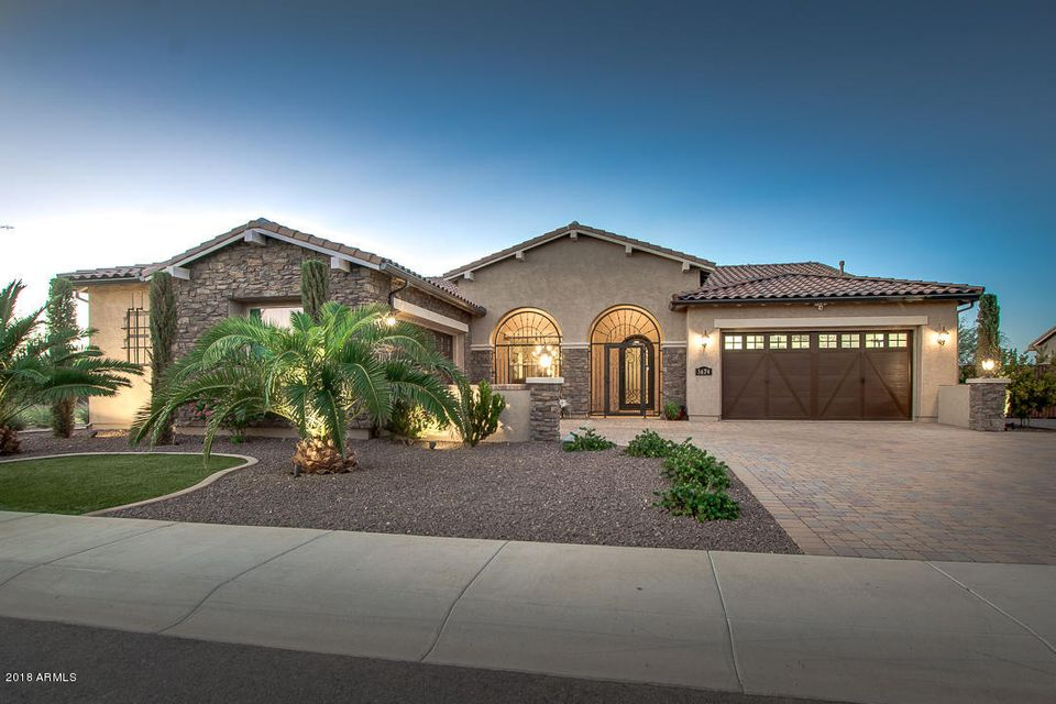 Photo of 3674 E ASTER Drive, Chandler, AZ 85286