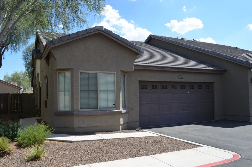 Photo of 2725 E MINE CREEK Road #1003, Phoenix, AZ 85024