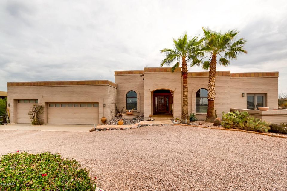 Photo of 9545 E ROMPING Road, Carefree, AZ 85377
