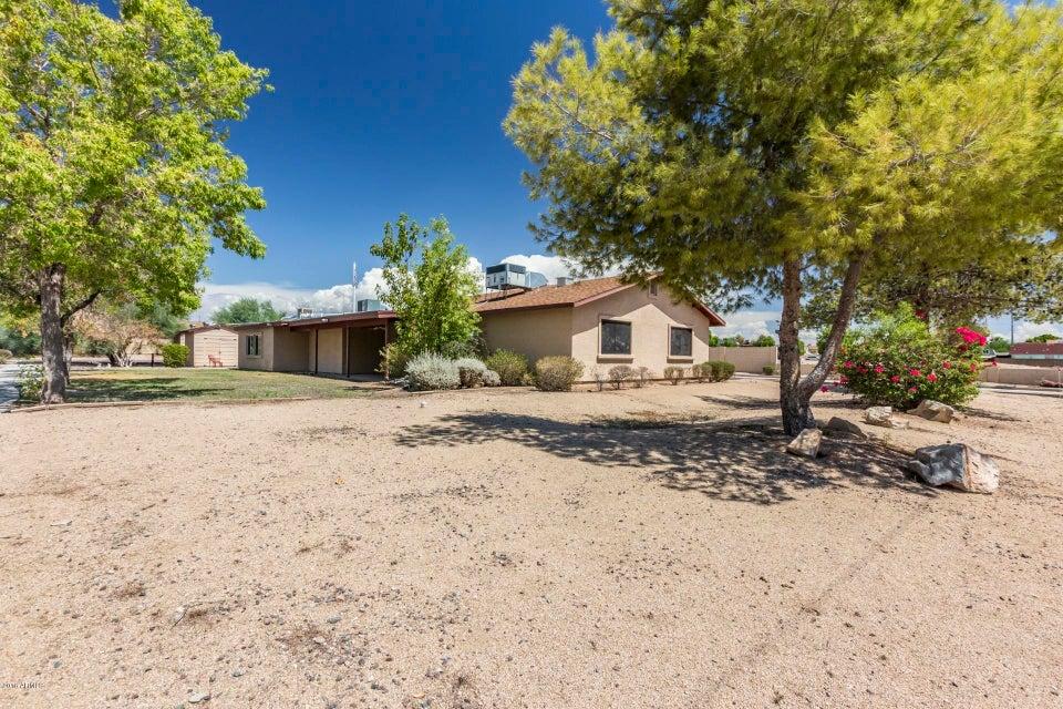 Photo of 3736 W WAHALLA Lane, Glendale, AZ 85308