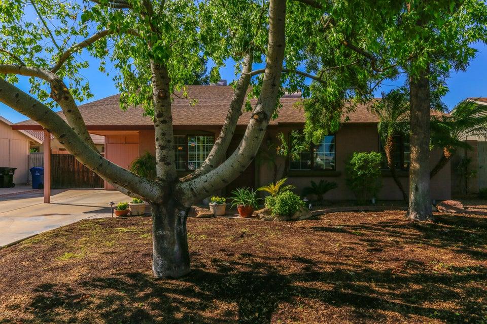 Photo of 539 W LA DONNA Drive, Tempe, AZ 85283