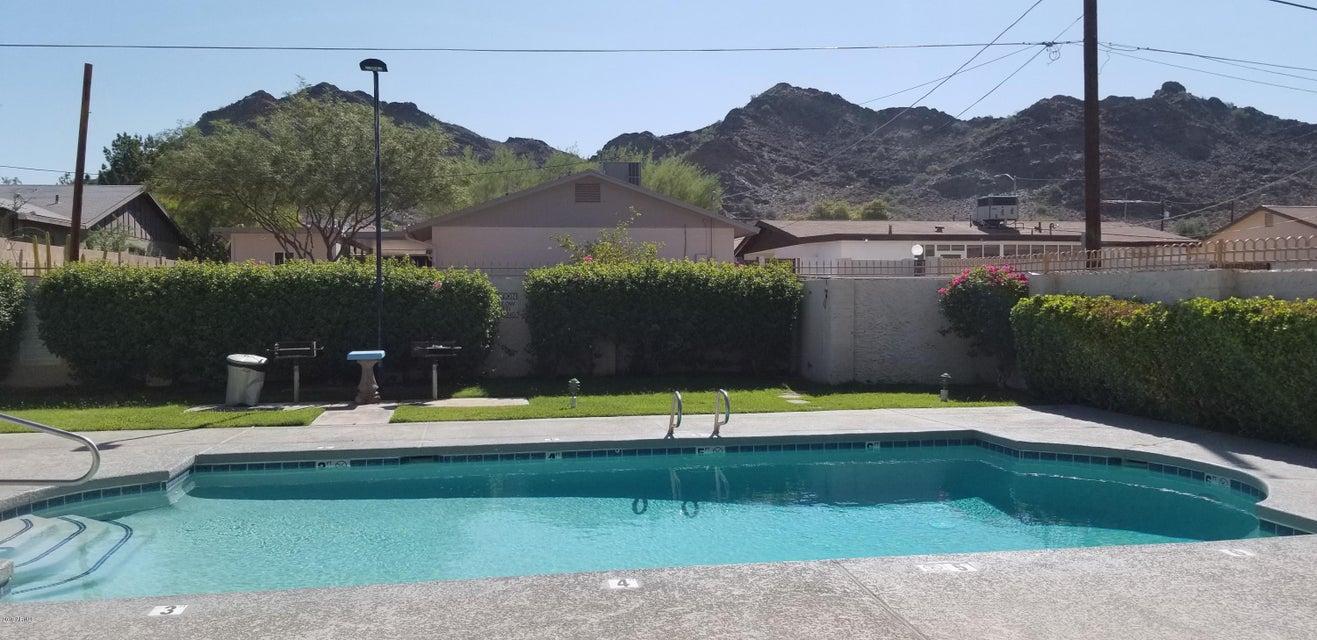 Photo of 8857 N 12TH Place, Phoenix, AZ 85020