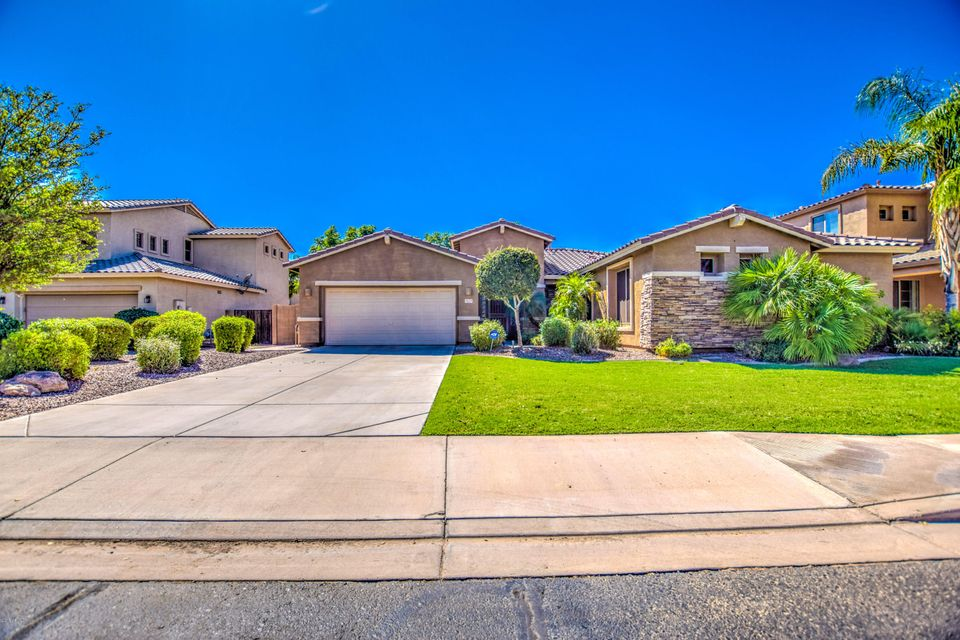 Photo of 4224 S ROGER Way, Chandler, AZ 85249