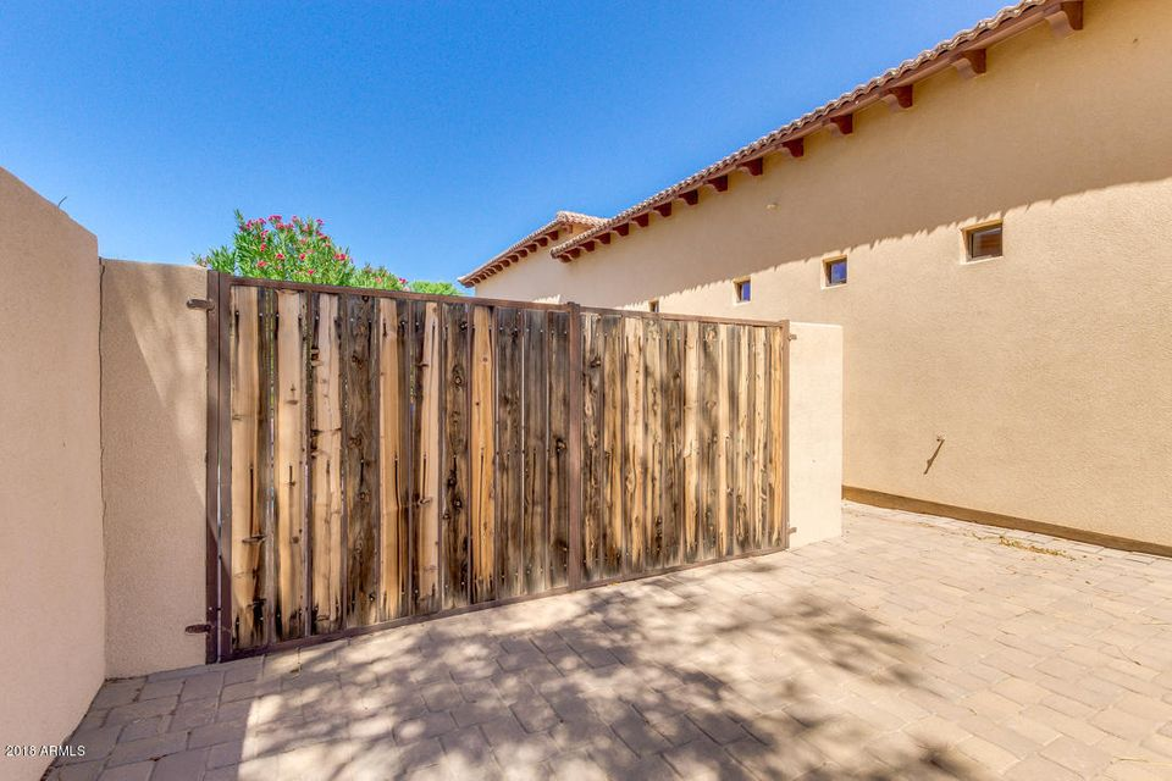 MLS 5819664 2838 E LOCUST Drive, Chandler, AZ 85286 Corner Lots