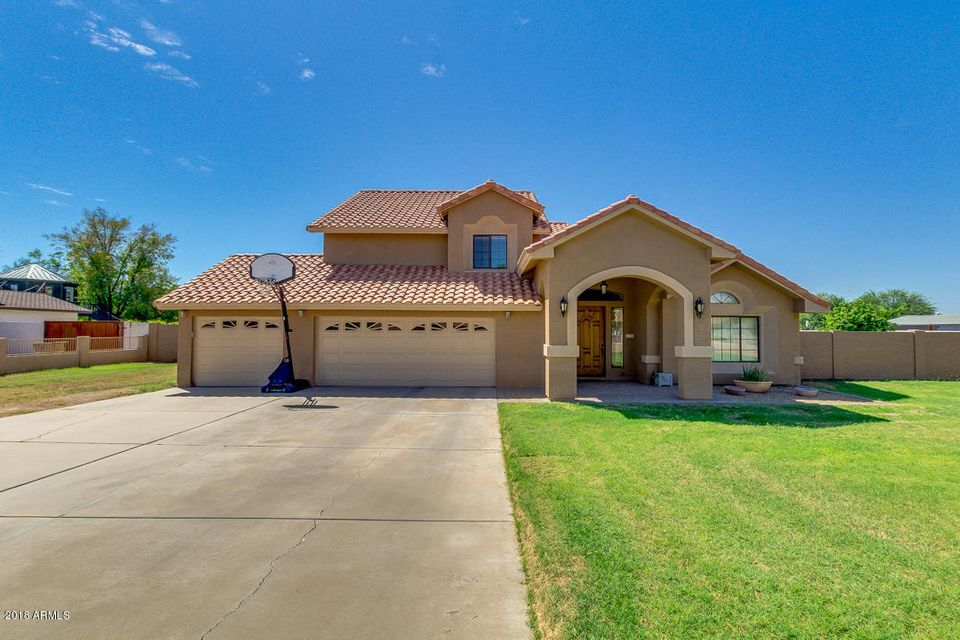 Photo of 4123 W TOPEKA Drive, Glendale, AZ 85308