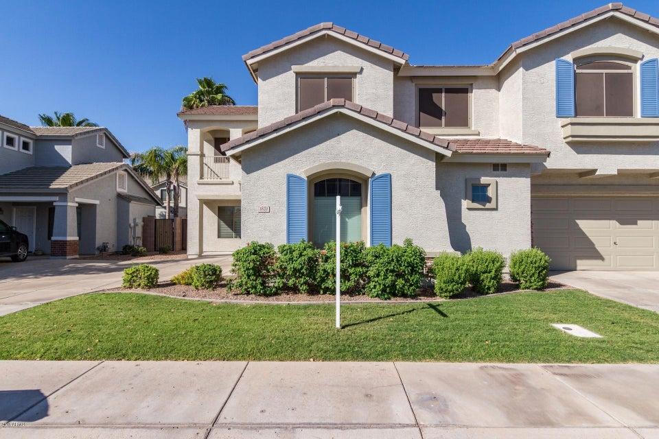 Photo of 3820 S Laurel Way, Chandler, AZ 85286