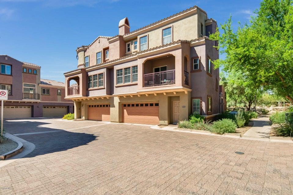 Photo of 3935 E ROUGH RIDER Road #1016, Phoenix, AZ 85050