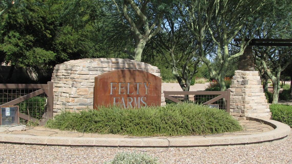 MLS 5818446 960 E Blue Spruce Lane, Gilbert, AZ 85298 Gilbert AZ Felty Farms