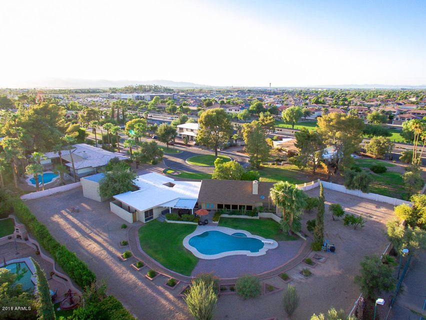 MLS 5818753 565 E Campina Drive, Litchfield Park, AZ 85340 Litchfield Park AZ 5 or More Bedroom