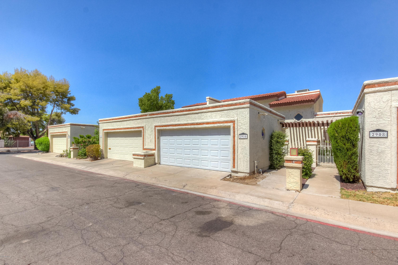 Photo of 2910 W Christy Drive, Phoenix, AZ 85029